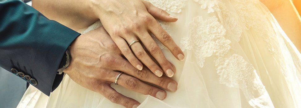Tips to Save You Headaches this Wedding Season
