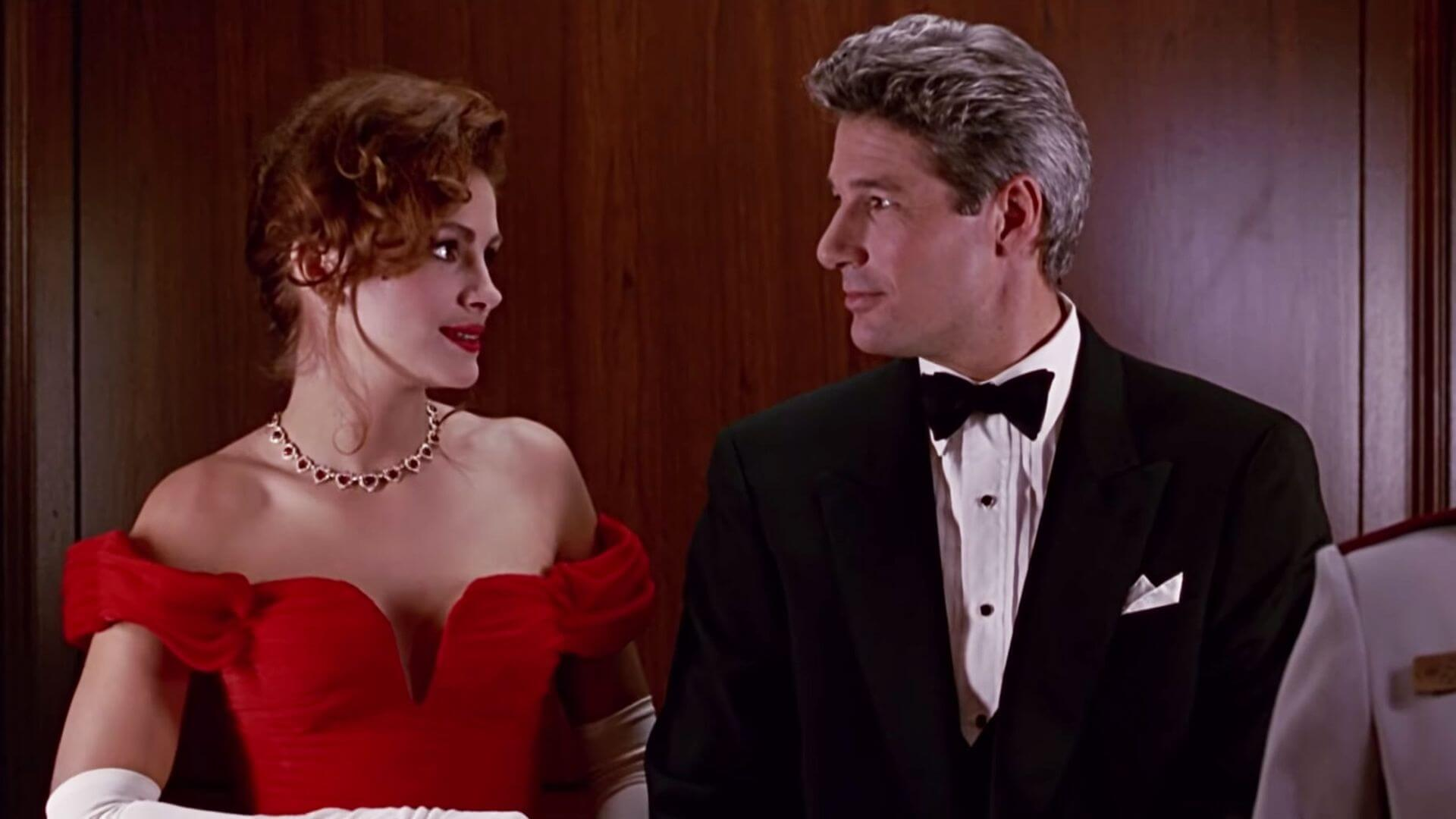 Image showing Julia Roberts wearing famous hollywood jewelry in a movie