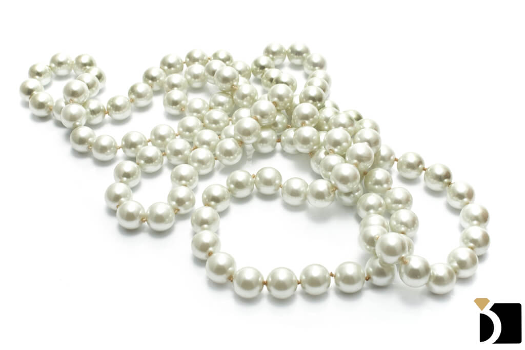 Image Showcasing a Piece of Pearl Jewelry