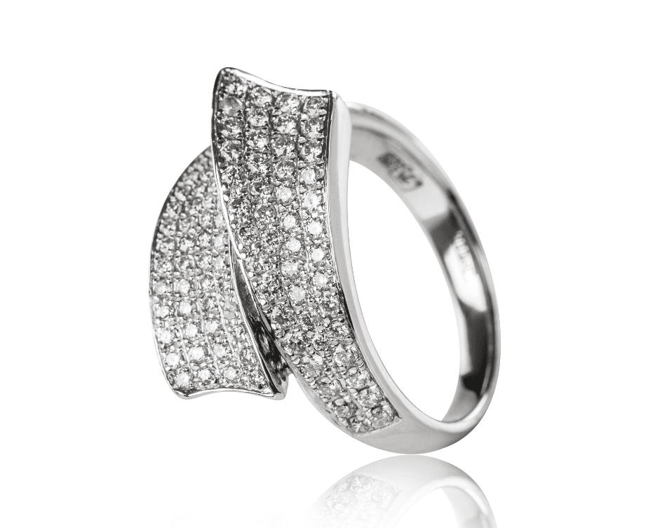White gold rhodium ring